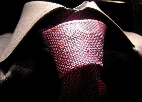 Comment marier sa cravate avec sa chemise ?