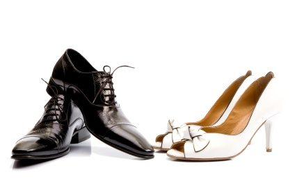 2 sites d'information pour les soldes d'hiver en chaussures hommes et femmes