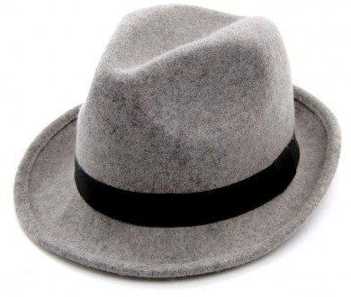 Chapeau gris en laine pour homme