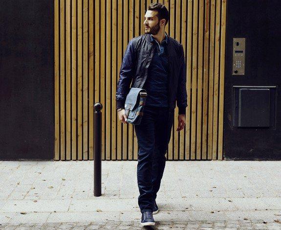 look homme tout en bleu