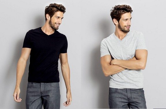 t-shirt homme col v manches courtes