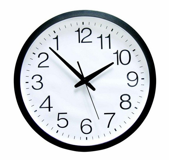horloge originale a reculons